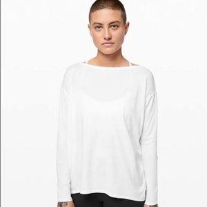 Lululemon back in action white long sleeve shirt